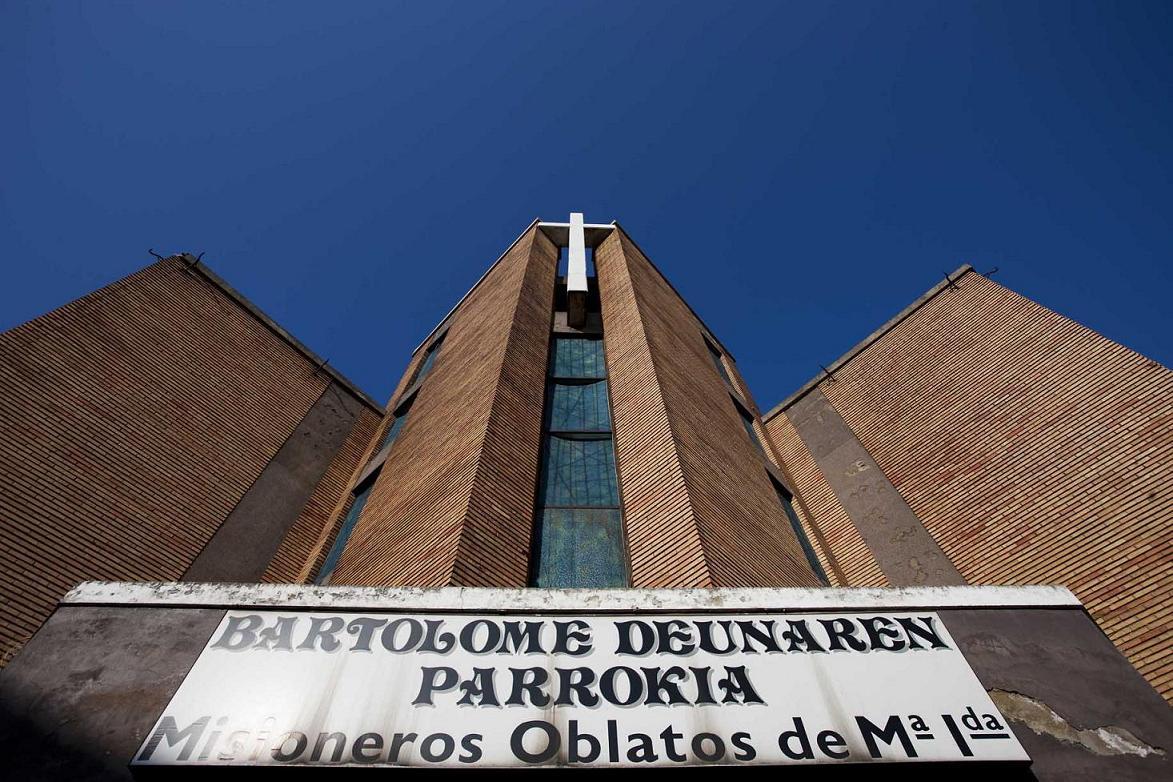 Ayuntamiento de leioa una nueva iglesia para san - Obra nueva leioa ...